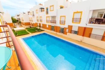 Quinta Gomeira Apartment with pool view